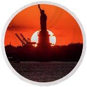 Statue Of Liberty Sunset. Nyc Harbor Round Beach Towel