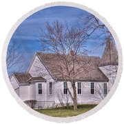 The Church At The Site Of The Old Confederate Soldiers Home Round Beach Towel