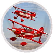 Two Pitts Special S-2a Aerobatic Round Beach Towel