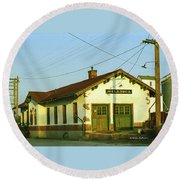 Villisca Train Depot Round Beach Towel