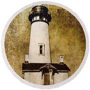 Yaquina Head Lighthouse - Oregon Round Beach Towel