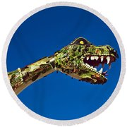 2015 Rose Parade Float Showing A Dragon 15rp040 Round Beach Towel