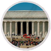 Abraham Lincoln Memorial In Washington Dc Usa Round Beach Towel