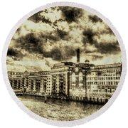 Butlers Wharf London Vintage Round Beach Towel