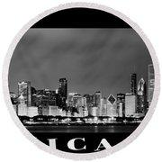 Chicago Skyline At Night In Black And White Round Beach Towel