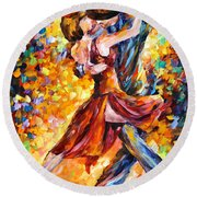 In The Rhythm Of Tango Round Beach Towel