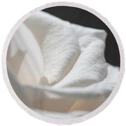 Long-stemmed White Rose Round Beach Towel