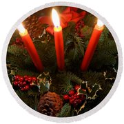 3 Red Candles Round Beach Towel