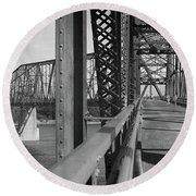 Route 66 - Chain Of Rocks Bridge Round Beach Towel
