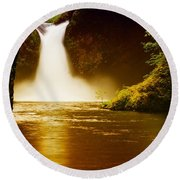 Upper Punch Bowl Falls Round Beach Towel