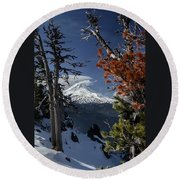 Mt Hood From Lookout Mtn Round Beach Towel