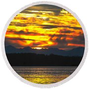 333 Marine Sunrise Round Beach Towel