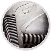 1940 Nash Sedan Grille Round Beach Towel