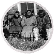 Alaska Eskimo Family Round Beach Towel