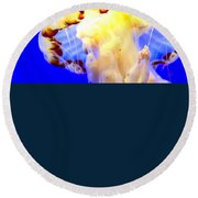 Jelly Fish Round Beach Towel