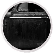 Old Junker Car Open Edition Round Beach Towel
