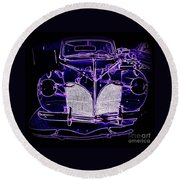 41 Lincoln In Neon Round Beach Towel