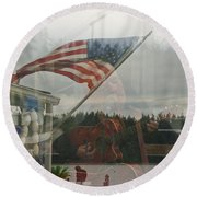 4th Of July In Seabeck Round Beach Towel