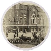 16th Street Baptist Church In Black And White With A White Vingette Round Beach Towel