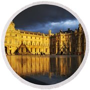 Musee Du Louvre Round Beach Towel