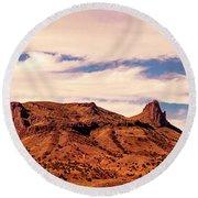 Navajo Nation Series Along 87 And 15 Round Beach Towel