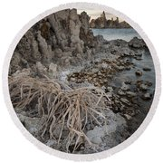Tufa Formations, Mono Lake, Ca Round Beach Towel