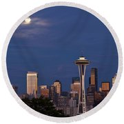 Seattle Skyline With Moonrise And Space Needle Round Beach Towel