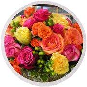#790 D300 Roses Super Bright Round Beach Towel