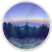 Top Of Mount Mitchell Before Sunset Round Beach Towel