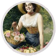 A Beauty Holding A Basket Of Roses Round Beach Towel