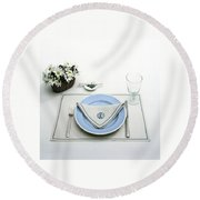 A Blue Table Setting Round Beach Towel