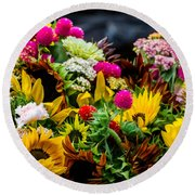 A Bouquet Of Flowers  Round Beach Towel