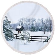 A Country Winter Round Beach Towel