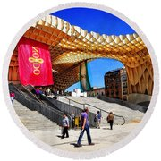 A Day At The Parasol Metropol Round Beach Towel