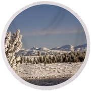 A Day Of Winter Round Beach Towel