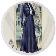A Fashionable French Lady Round Beach Towel