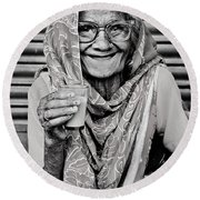 A Lady And Her Chai IIi Round Beach Towel