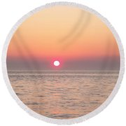 A Minute To Sunset Round Beach Towel