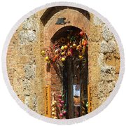 A Painting A Tuscan Shop Doorway Round Beach Towel