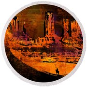 A Pause In Monument Park Round Beach Towel