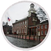 A Rainy Day At Independence Hall Round Beach Towel