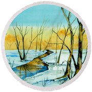 A Sign Of Winter Round Beach Towel