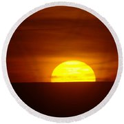 A Slow Sunset Round Beach Towel
