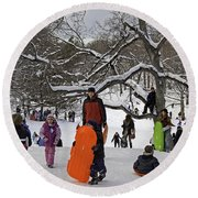 A Snow Day In The Park Round Beach Towel
