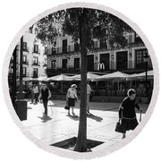 A Square In Toledo - Spain Round Beach Towel