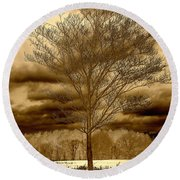 A Tree At Appleton Round Beach Towel