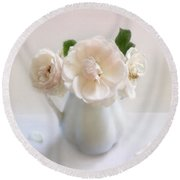 A Trio Of Pale Pink Vintage Roses Round Beach Towel