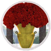 A Vase With Red Roses Round Beach Towel