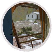 Abandoned Cabin Elkmont Smoky Mountains - Screened Door Old House Round Beach Towel