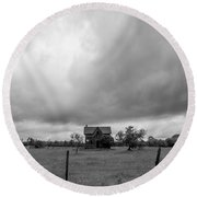 Abandoned Farmhouse Black And White Round Beach Towel